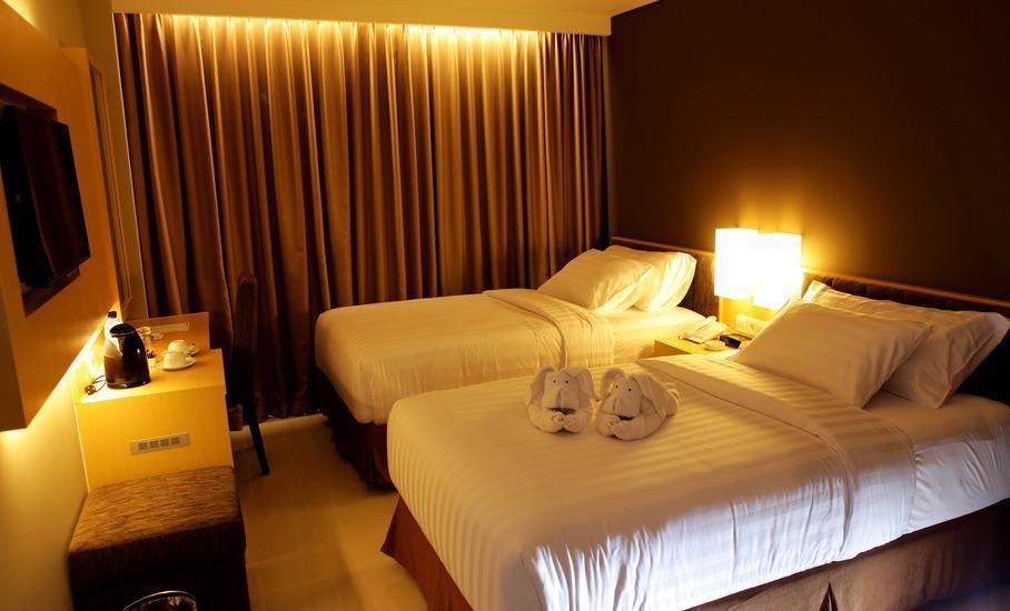 Maestro Hotel Kota Baru Pontianak - Kamar Deluxe Twin