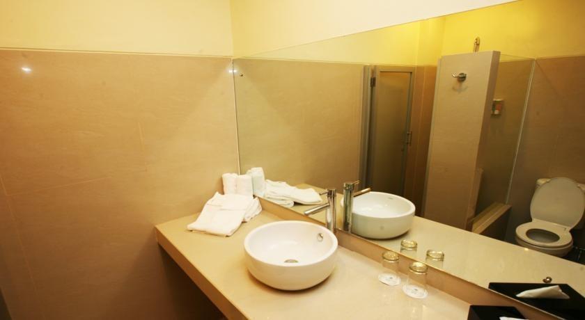 Griya Sintesa Manado - Kamar mandi
