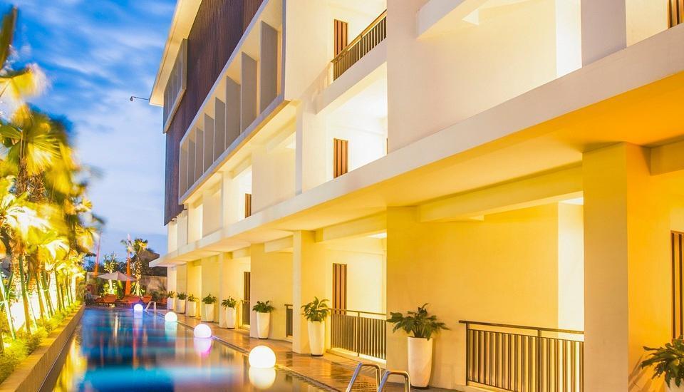 HARRIS Hotel Seminyak Bali - HARRIS Pool