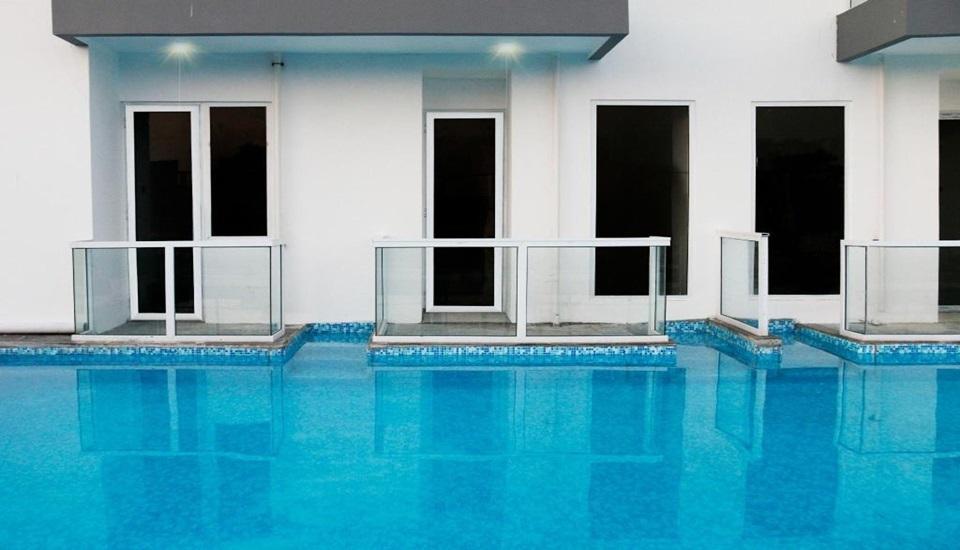 Indoluxe Rent Apartment Jogja Yogyakarta - Pool