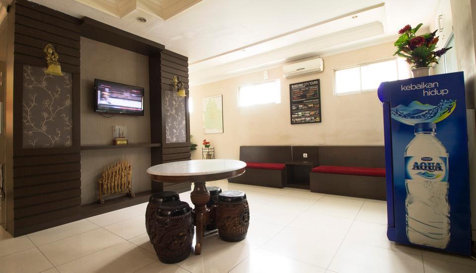 RedDoorz @Cihampelas 3 Bandung - Interior