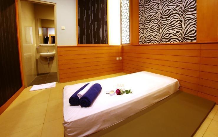Aswin Hotel & Spa Makassar - Service