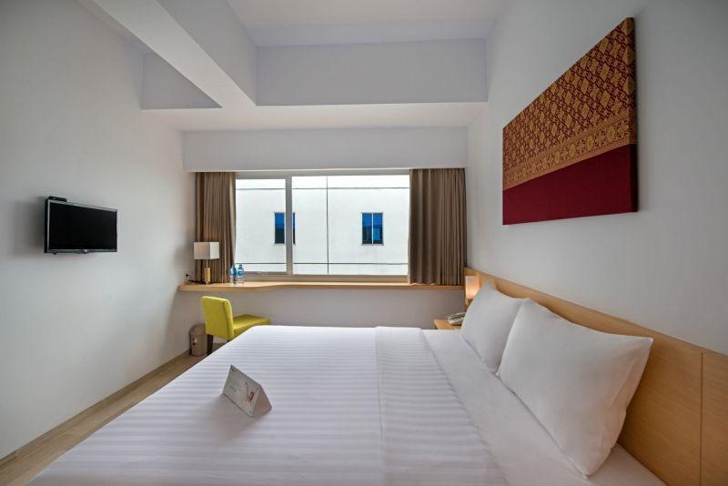 Whiz Hotel Sudirman Pekanbaru - Standard Double Room