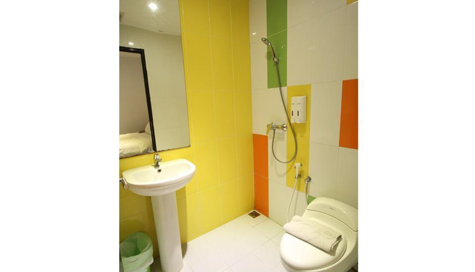 Tab Hotel Surabaya - Kamar mandi