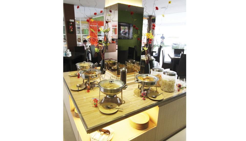 Tab Hotel Surabaya - Sarapan prasmanan