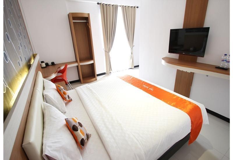 Tab Hotel Surabaya - Deluxe Room