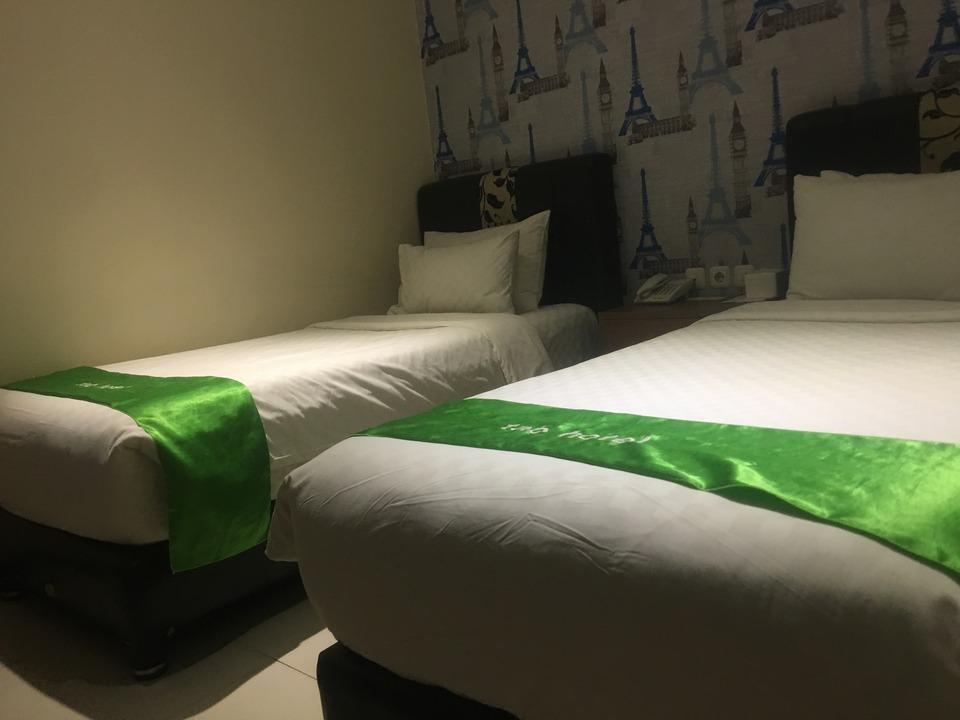 Tab Hotel Surabaya - Kamar Twin Standart