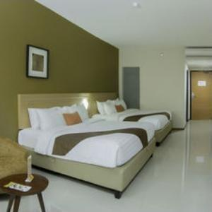 de Laxston Hotel  Yogyakarta - Suite Twin Room Room Only Regular Plan