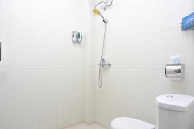 Airy Denpasar Barat Pura Demak 4 Bali Bali - Bathroom