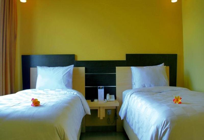 M Hotel Lombok Lombok - Kamar tamu