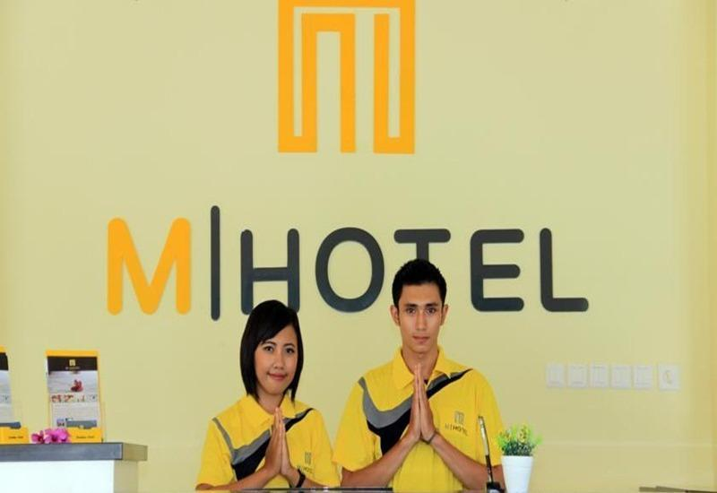 M Hotel Lombok Lombok - Resepsionis