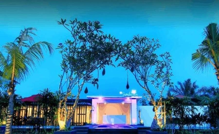 The Baliview Luxury Hotel & Resto Pekanbaru Pekanbaru - Eksterior