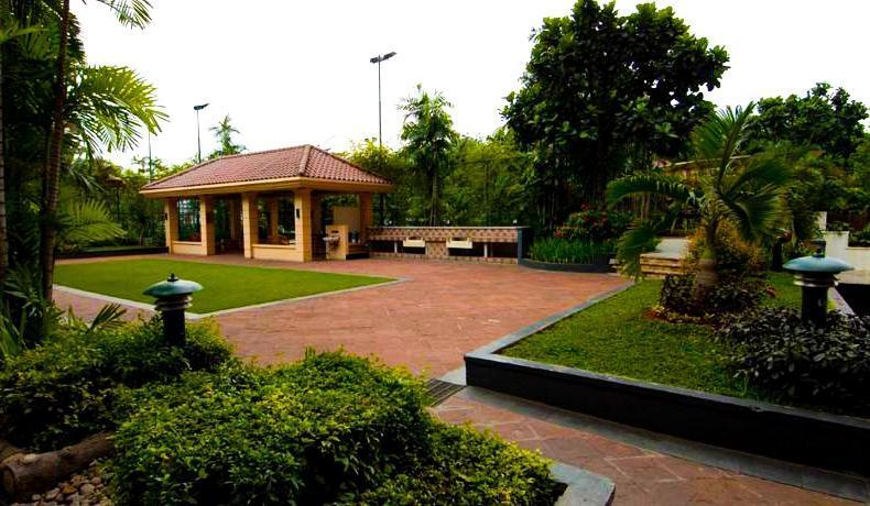 Hotel Aryaduta Semanggi -