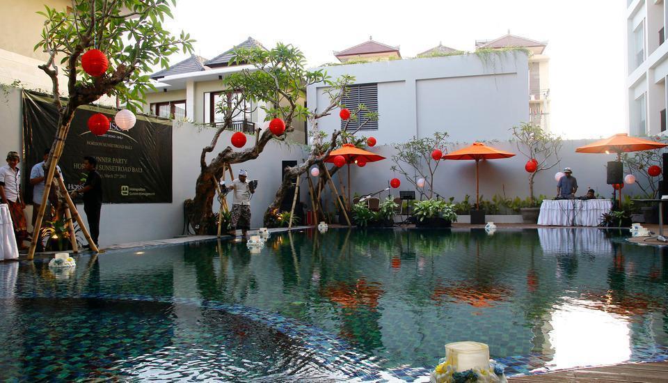 Horison Legian Bali - Pool