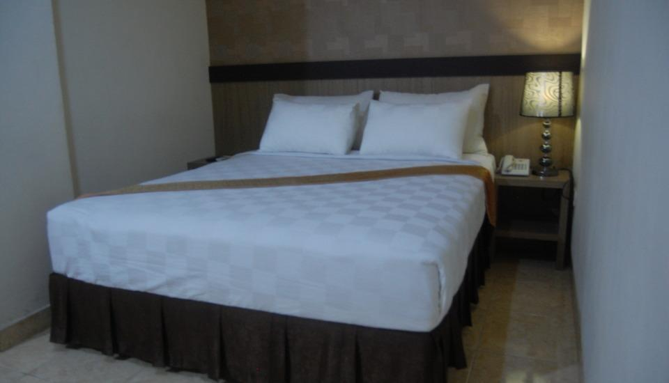 Best Skip Hotel Palembang - Business Deluxe
