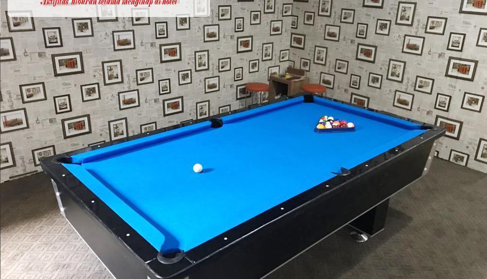 Best Skip Hotel Palembang - Gaming area