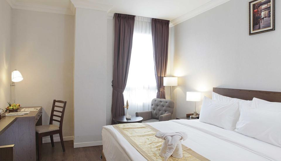 Horison Forbis Hotel Cilegon - Deluxe Queen Regular Plan