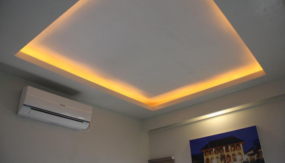 Antoni Hotel Jakarta - langit-langit kamar