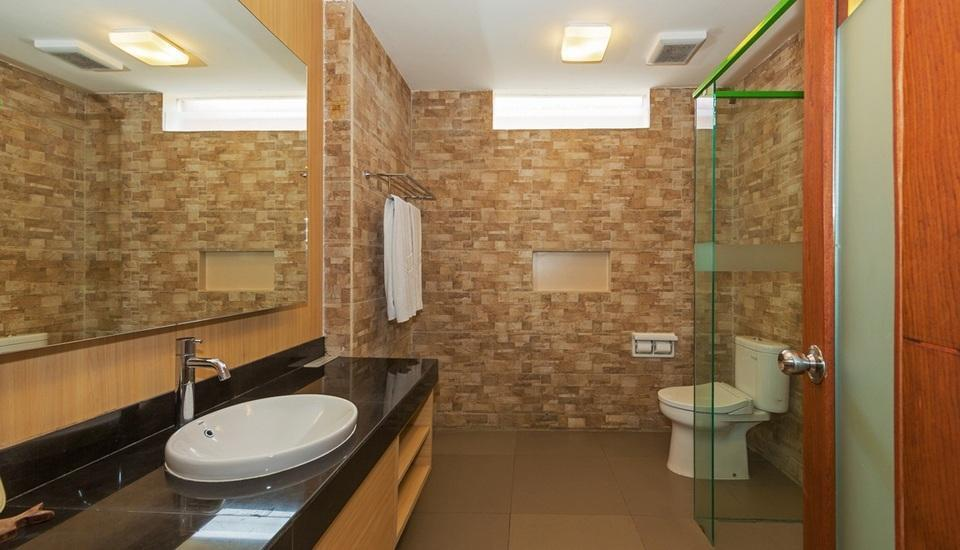 Vihan Suites Hotel Bali - bathroom