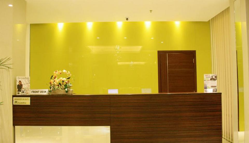 Sahid Mutiara Karawaci - Receptionist