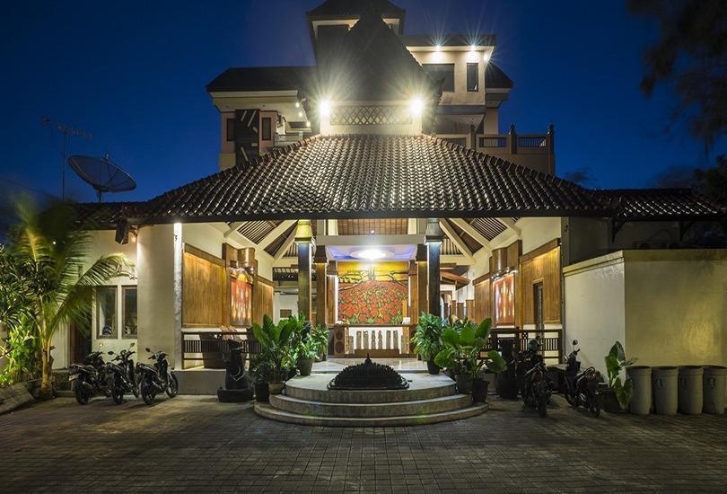 3 Princess Boutique Hotel Bali - Tampilan Luar Hotel