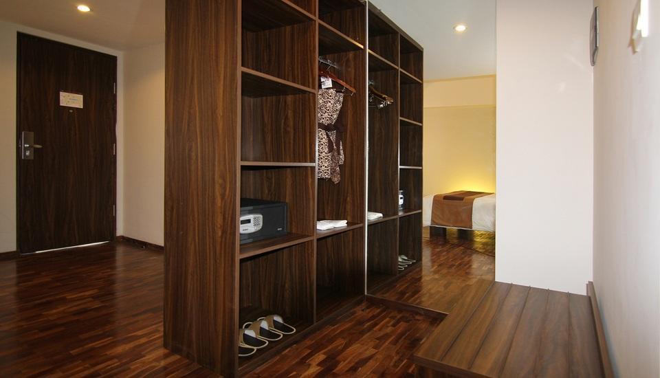 The Bene Hotel Bali - Royal Suite - Wardrobe