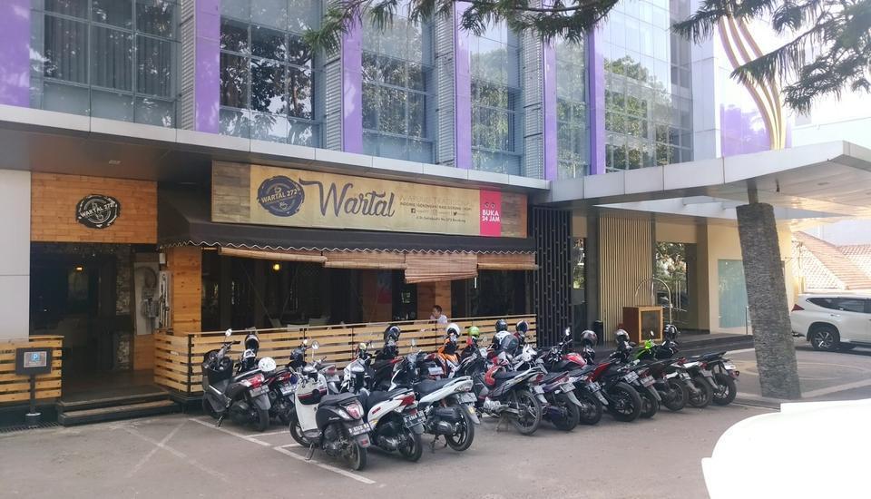 Salis Hotel  Setiabudi - Wartal depan