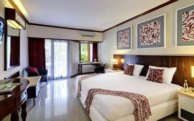Bali Garden Beach Resort Bali - Kamar Deluxe dengan tempat tidur king