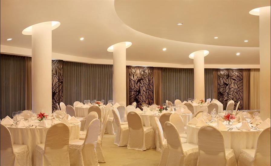 Sheraton Surabaya Hotel and Towers Surabaya - Banquet Hall