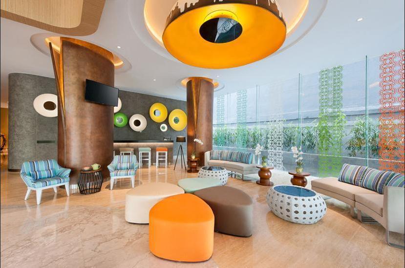 Ibis Styles Jemursari Surabaya - Lobby Sitting Area
