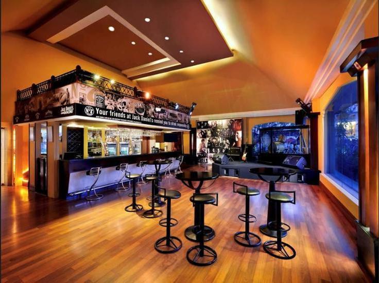 Novotel Solo - Hotel Bar