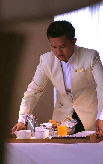 JW Marriott Medan - Room Service - Dining