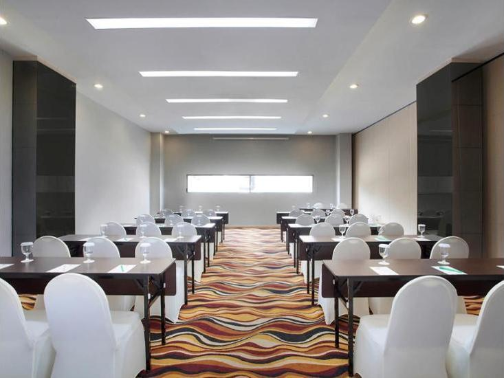 ibis Styles Jakarta Airport - Meeting Facility