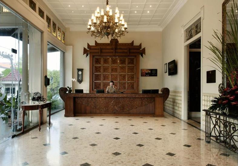 The Phoenix Hotel Yogyakarta - Reception