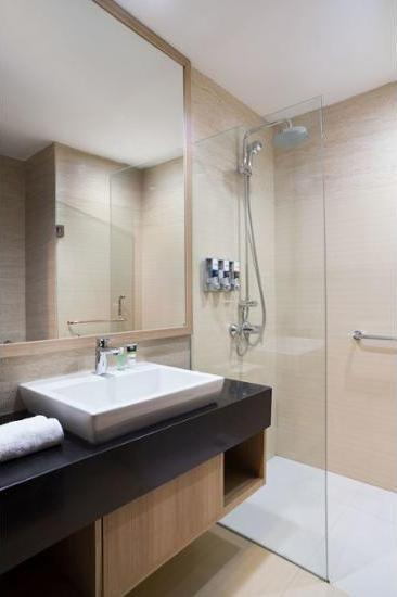Four Points By Sheraton Makassar - Kamar Deluks Regular Plan