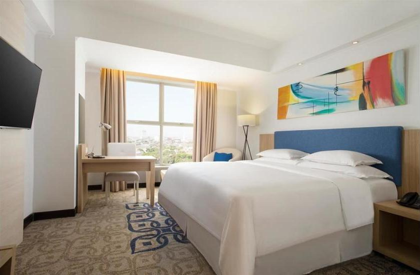 Four Points By Sheraton Makassar - Kamar Deluks (Premium) Regular Plan