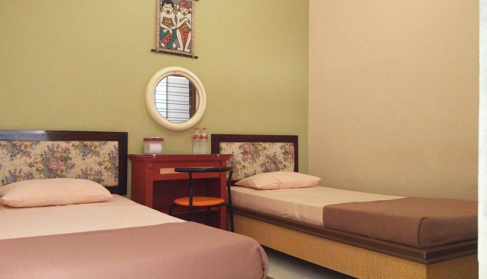 Patria Garden Hotel Blitar - Bedroom 3 in 1