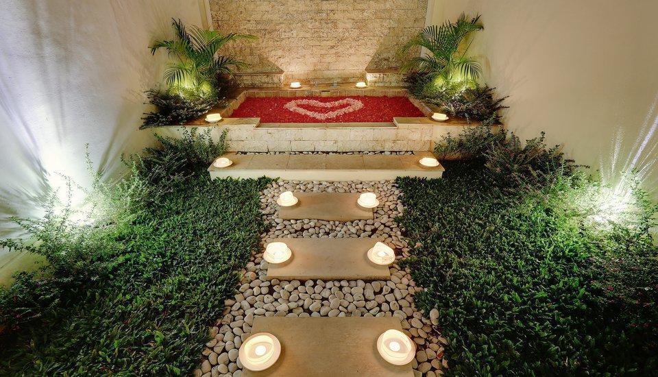 Nipuri Hotel Bali - Honeymoon set up in Suite Studio Onebedroom