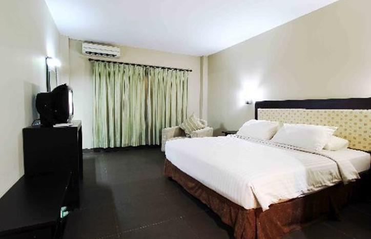 Dangau Hotel  Pontianak - Superior Regular Plan