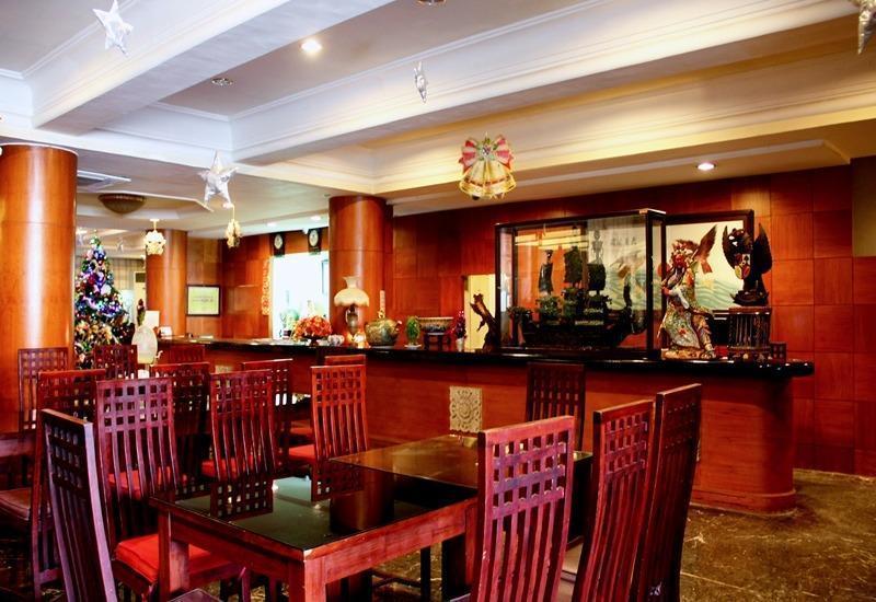 New Grand Park Surabaya - Coffe Shop