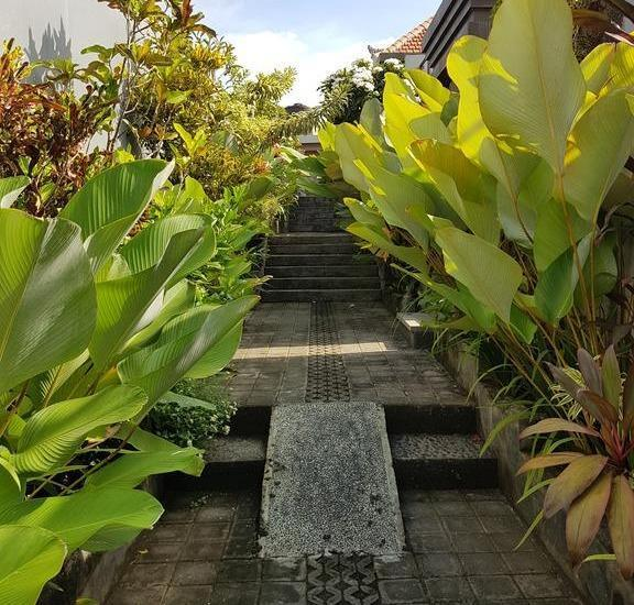 Pandawa Beach Homestay Nusa Dua - Eksterior