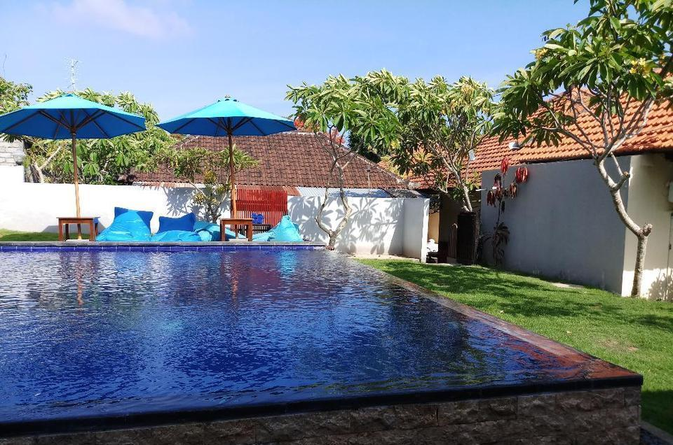 Pandawa Beach Homestay Nusa Dua - swiming pool