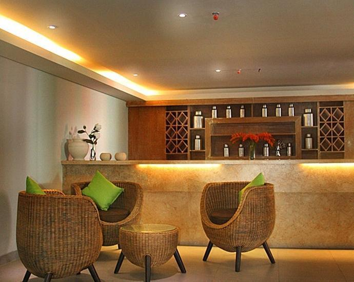 Edelweiss Boutique Kuta Bali - Poolbar