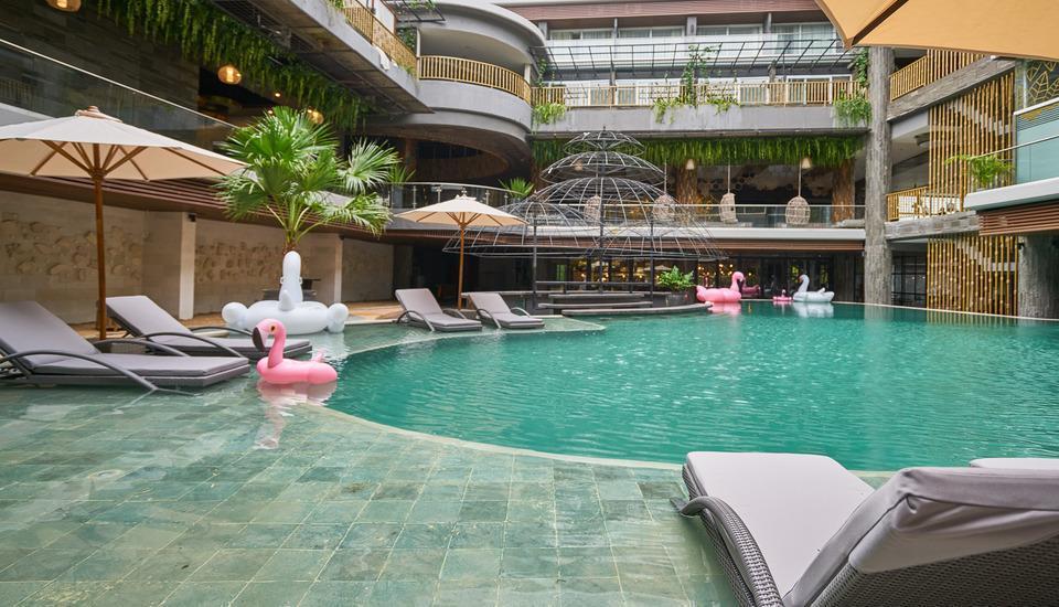 The Crystal Luxury Bay Resort Nusa Dua - Bali Bali - swimming pool 3