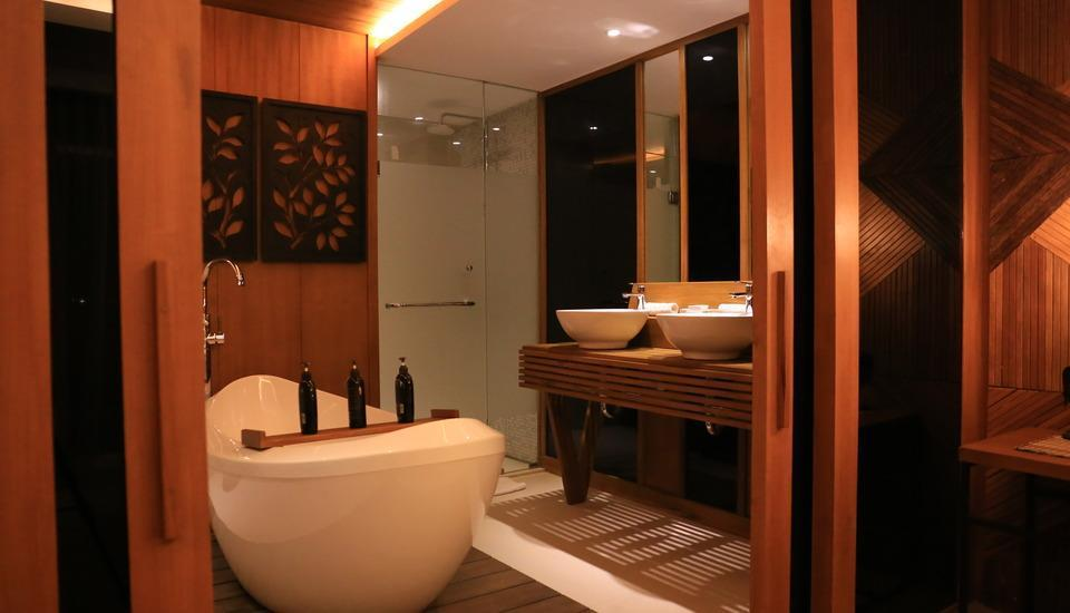 The Crystal Luxury Bay Resort Nusa Dua - Bali Bali - Bathroom