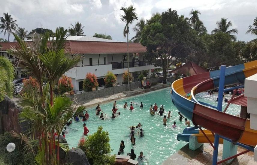 Montana Hotel Kuningan - Pool