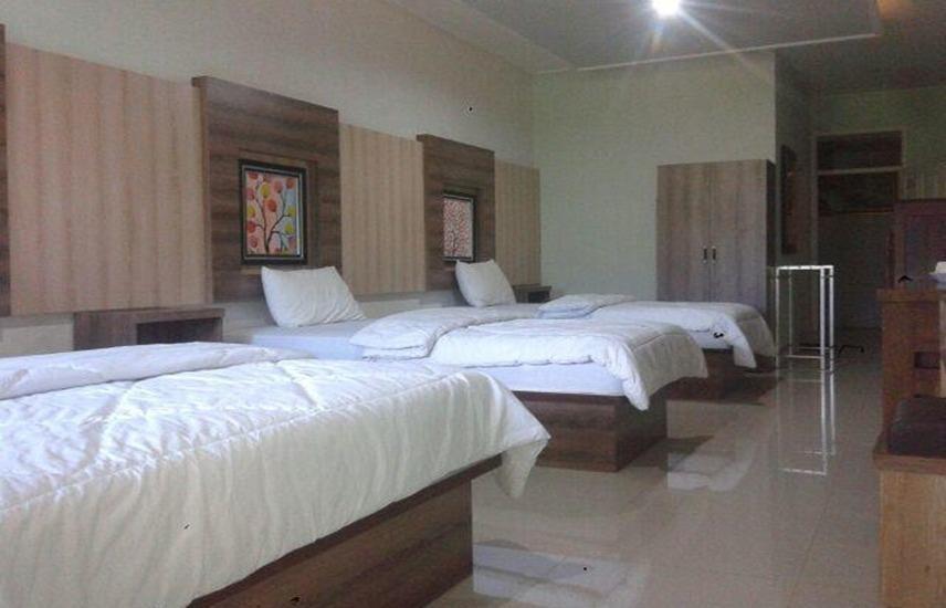 Montana Hotel Kuningan - Room