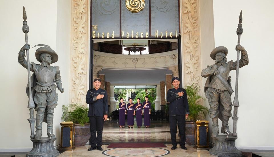 Grand Palace Hotel Jogja - Pintu Masuk