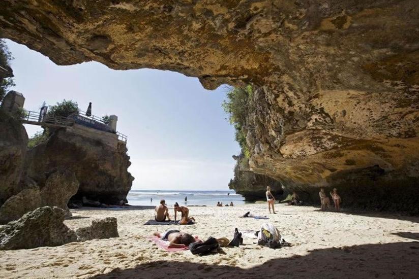 S Resorts Hidden Valley Bali - Pantai