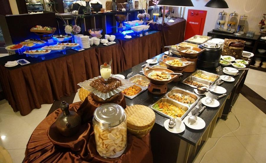 Varna Culture Hotel  Surabaya - Restoran